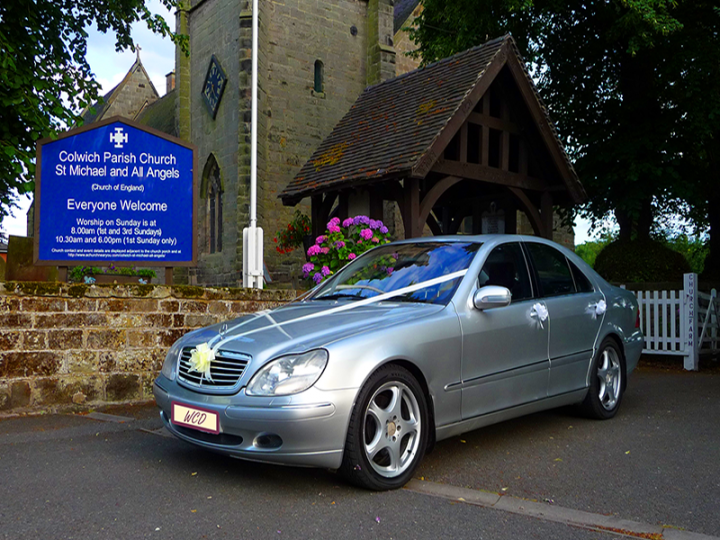 Walsall West Midlands offering you quality wedding vehicles at very reasonable prices but without compromise